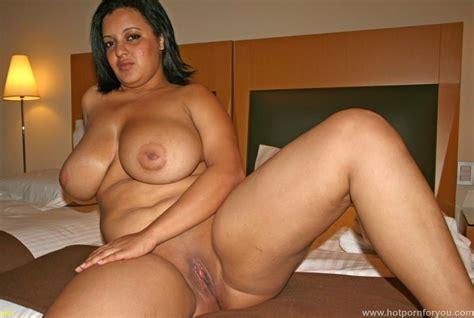 Chubby Latina Nude