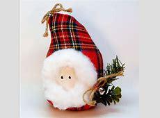 Country Santa head figurine red plaid