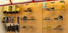 scaffali negozi progettazione spazi arredo negozio scaffalature ferramenta