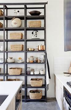 scaffali cucina dispensa come organizzare gli spazi in cucina al meglio