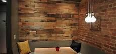 rivestimenti legno per pareti parete di legno realizzata con pallet idee pallet