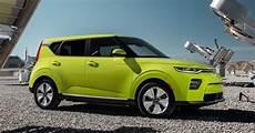 2020 kia soul ev availability 2020 kia soul ev charges into la with 64 kwh battery