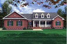 country style house plan 4 beds 2 50 baths 2000 sq ft