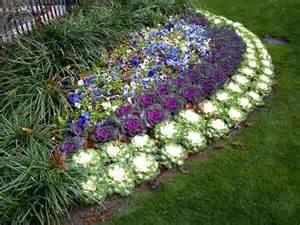 Winter Flower Gardens Landscape Flower Beds And Border Edging Installing In Prosper Elm Denton