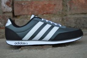 Adidas Neo V Racer 03 buty p 243 蛯buty buty opisy i opinie