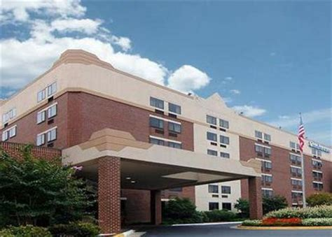 comfort inn university center comfort inn university center fairfax deals see hotel