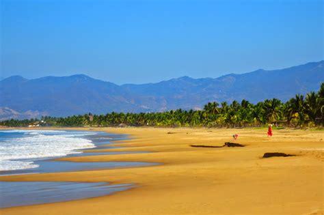 Rent A Tiny House beach vacation in playa blanca barra de potosi