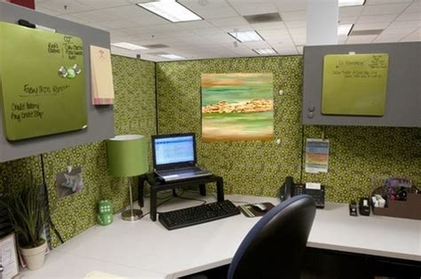 decorating your office hinz