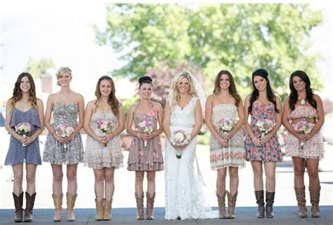 Amazing Collection Of Rustic Wedding Dresses With Boots Country Style Wedding Dresses With Boots