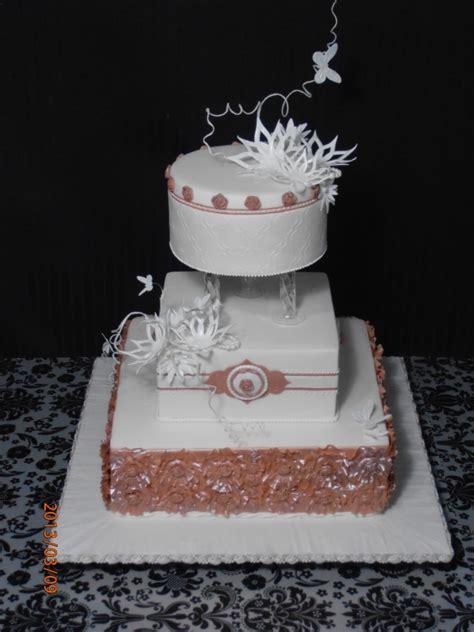 Engagement Cakes   La Modda Cake Studio