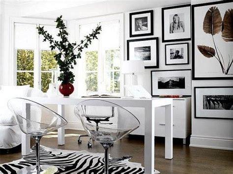 comedores en blanco  negro decoracionin