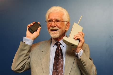 creator of android cell phone inventor still rocking droid android droid