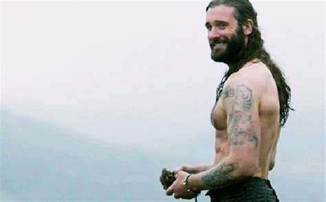 angry rollo clive standen on vikings vikings recap death all round that s normal