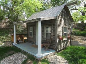 Small Homes For Rent In Tx Relaxshacks Francis Tiny House Cabin For
