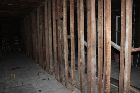 temporary basement walls 1000 ideas about temporary wall