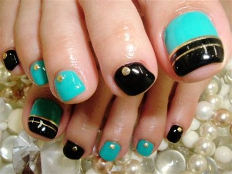 25 best ideas about black toe nails on black