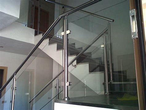 barandillas de acero inoxidable y cristal foto barandilla interior acero inoxidable con cristal de