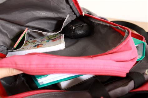 9 Steps To Organize Your Bag how to organize your backpack for middle school 9 steps