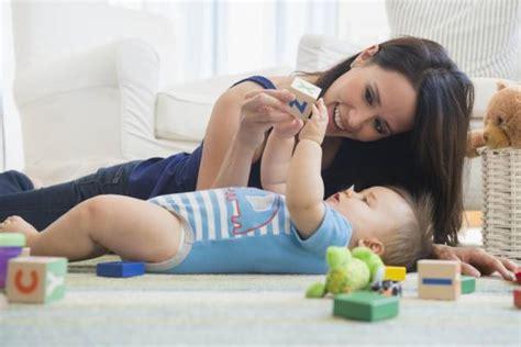 all about that baby play juegos para ni 241 os de 8 meses a 1 a 241 o ser padres