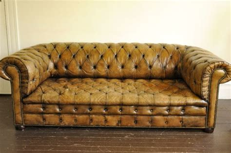 Chesterfield Sofa Craigslist Chesterfield Leather Sofa On Craigslist Seattle Only 2800 Living Room Ideas
