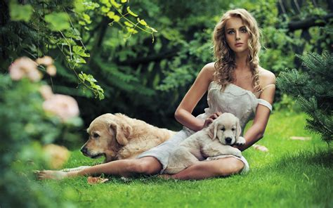 females with dogs dogs barefoot wallpaper 2560x1600 56807 wallpaperup