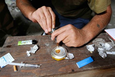 tossico testo la tossicodipendenza normalarea informazione e