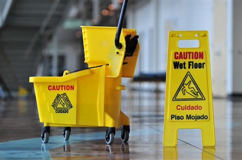 cleaning companies commercial cleaning services janitorial cleaning