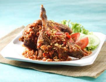 Sambel Sambal Bawang Mutiara Di Jamin Enak kreasi bebek penyet sambal mentah praktis lezat wisata kuliner kita