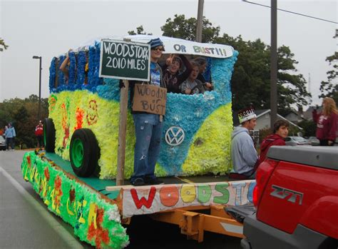 themes for carnival floats good 60 s decade float hs homecoming float ideas