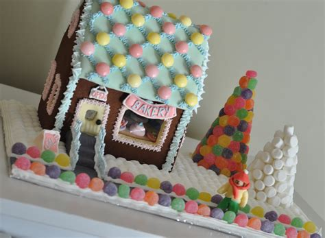 easy gingerbread house designs merry lilly christmas happy lilly holidays merry lilly christmas merry lilly