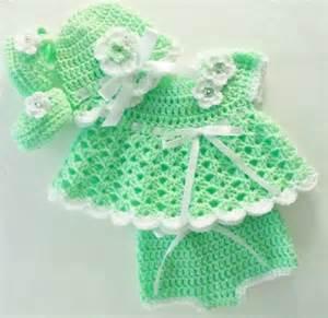 crochet kiwi b 233 b 233 vert fille robe layette ensemble avec