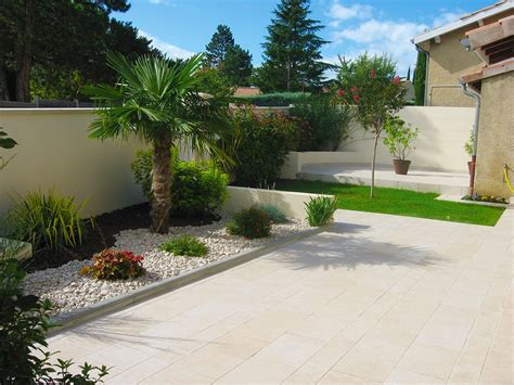 Idee Creation Jardin by Idee Amenagement Jardin Devant Maison Inds