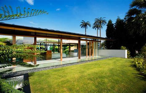 luxury fish house  guz architects