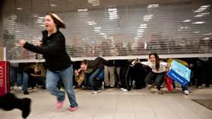 Thanksgiving Shopping Stores Prep For Black Friday Mayhem Abc News