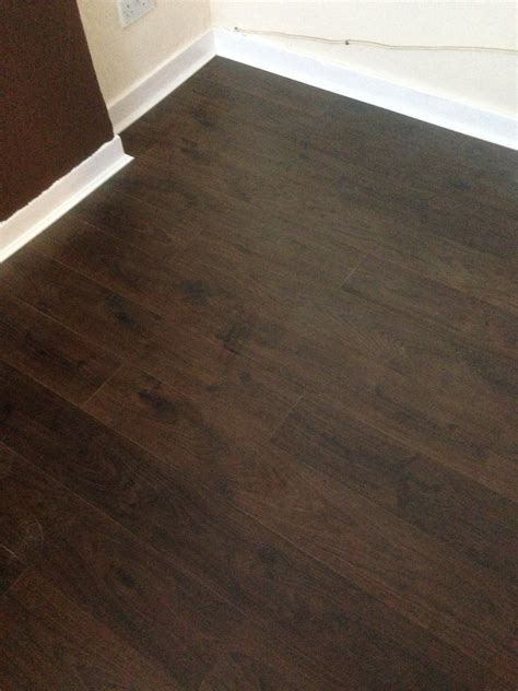 quick step andante dark oak laminate flooring 163 20 m2 supplied and fitted cheap joiner glasgow