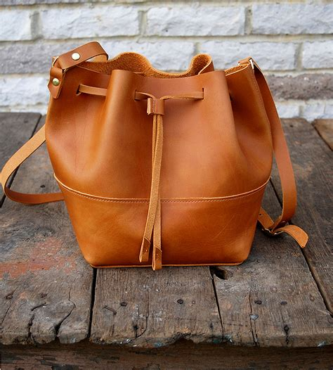 Handmade Saddlebags - amelia leather bag features leather goods bubo