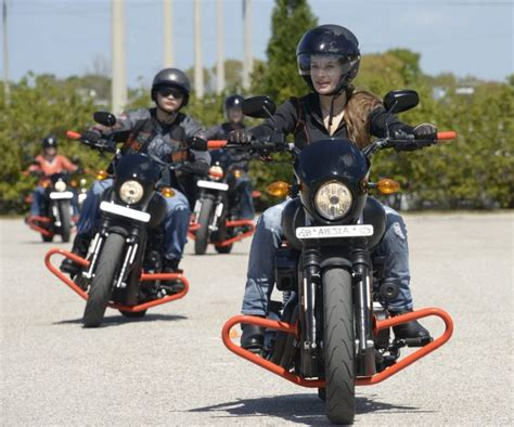 Motorrad Training Frankfurt by Harley Davidson Extends 99 Riding Academy Offer To