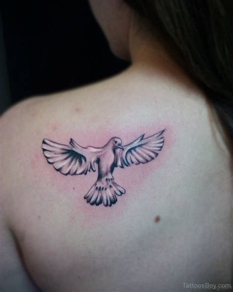 70 admirable dove tattoos for back