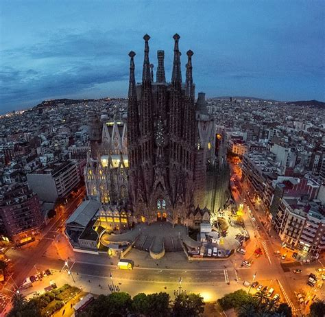 a barcellona what to see in barcelona top 10 essential places that you