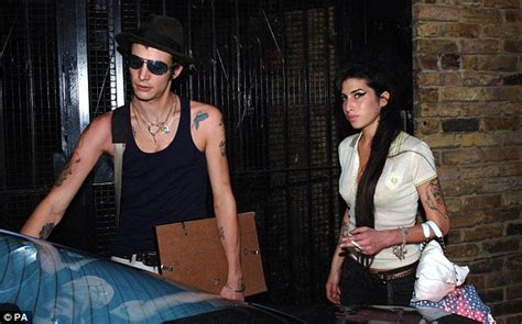 Winehouse And New Hubby In Spat by Winehouse Ex Fielder Claims He Wasn T