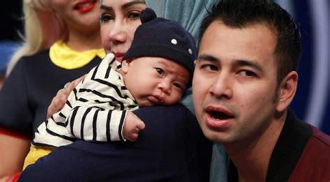 Baju Anak Raffi Ahmad Lihat Gaya Menggemaskan Anak Raffi Ahmad Pakai Baju Adat