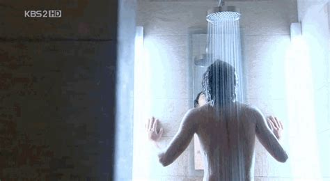 Position In The Shower by Shower Mirror How To Heat One And Make It Fog Free