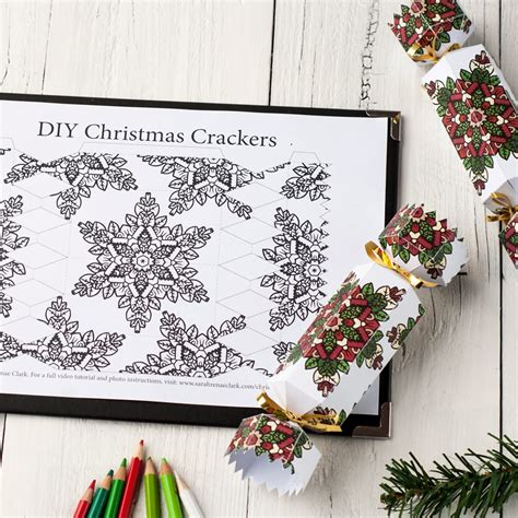 How To Make A Christmas Cracker Free Printable Template And Tutorial For A Diy Christmas Make Your Own Crackers Template