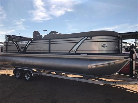 veranda yacht 2017 veranda vertex 25rfl power boat for sale www