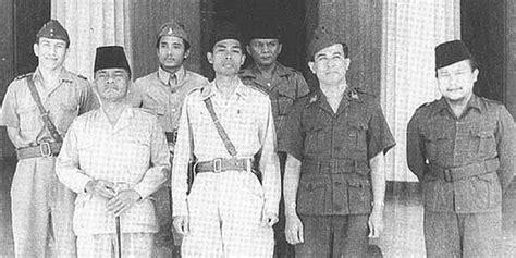 kisah film jendral sudirman soekarno hatta merasa ingkar janji tak ikut perang bersama