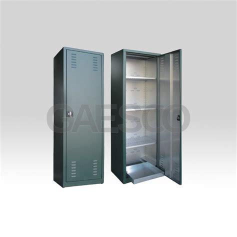 armadi per fitofarmaci armadio per fitofarmaci zincoplastificato antiruggine