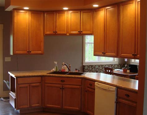 Laminate Colors For Kitchen Cabinets Quartz Laminate Countertops Kitchen Ideas Colors Kitchen Colors And Pictures