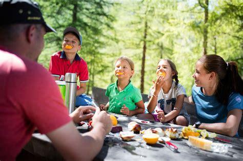 schweizer familie feuerstelle quot schweizer familie quot feuerstelle gletschergarten zermatt