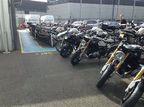 Bmw Motorrad Dealers Near Me by Bmw Motorrad Battersea Car Dealers Yelp