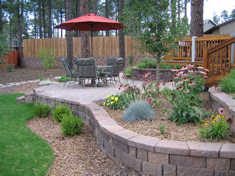 Easy Landscaping Ideas For Beginners And Not So Green Landscaped Backyard Ideas